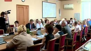 В правительстве региона обсудили вопросы введения в новгородских школах формы единого образца