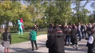 В Николаеве митингуют против запрета работы культурных заведений в «красной» зоне. ВИДЕО