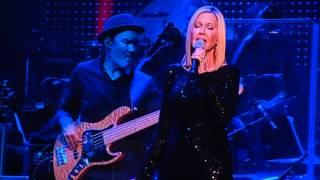 Olivia Newton-John and John Farnham Dare to Dream Live