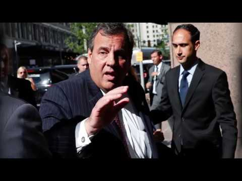Chris Christie Denied VIP Entry At Newark Airport