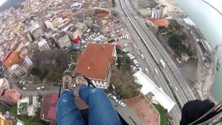 preview picture of video 'Haluk Erdoğan, Giresun kalesi, yamaç paraşütü uçuşu'