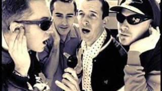 Kick Me -  The Vandals