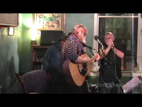 Caroline Ferrante & the Whole Magilla - Old John Deere