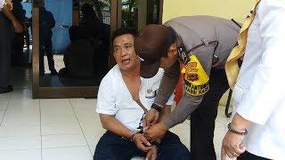 Akibat Pengaruh Mabuk, Pegawai Disdik Makassar Ini Teriak-teriak dan Rusak Pintu Kantor