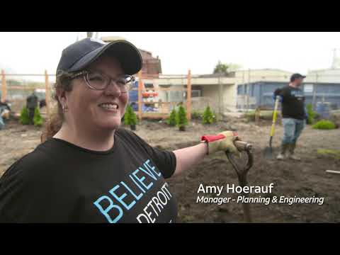 AT&T Volunteers Team Up to Make an Impact in Detroit-youtubevideotext