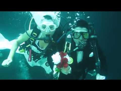 Boda subacuática en Yucatán