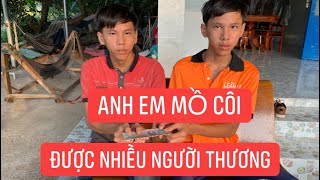 Anh em mồ côi làm hồ kiếm sống ghé nhà Khương Dừa nhận tiền giúp đỡ