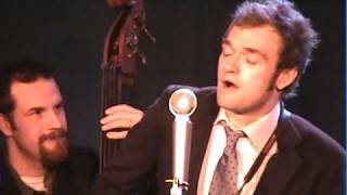 Chris Thile and How to Grow a Band from the Ground - Back in Time