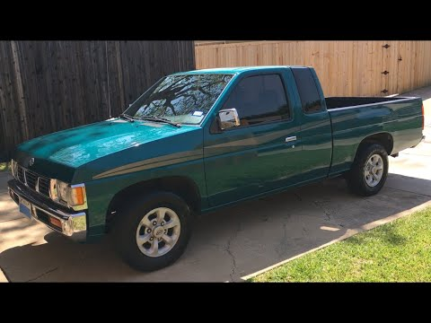 1997 Nissan XE King Cab Pickup 5-spd