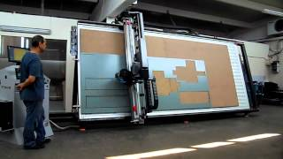 HOLZ-HER 1220 AUTOMATIC VERTICAL PANEL SAW - VidInfo
