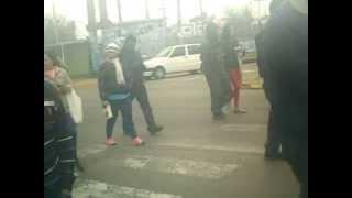 preview picture of video 'MOVILIZACION REPUDIANDO DESALOJO EN GUERNICA 30-07-2013'