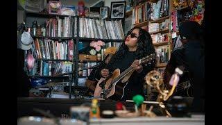 Gambar cover H.E.R.: NPR Music Tiny Desk Concert