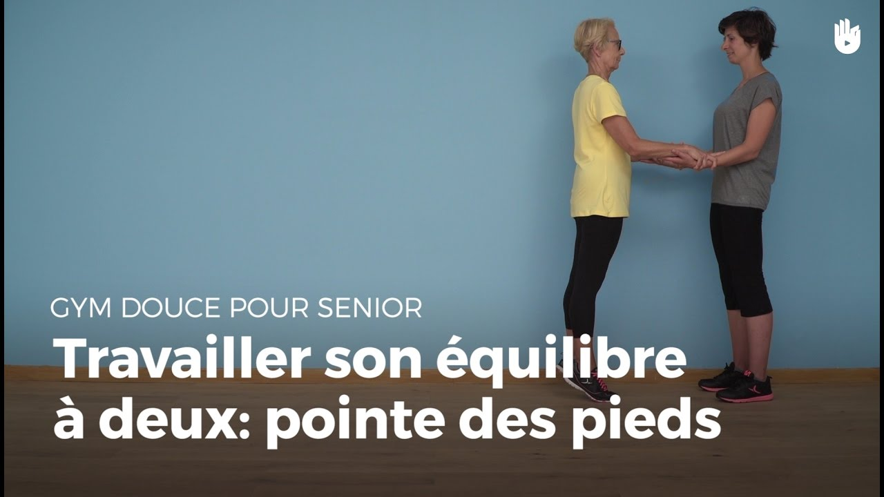 exercice d 39 quilibre avec un partenaire pointe des pieds exercices de gym douce pour senior. Black Bedroom Furniture Sets. Home Design Ideas