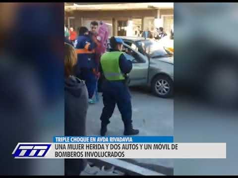 Con la barrera baja: choque  en cadena en calle Rivadavia