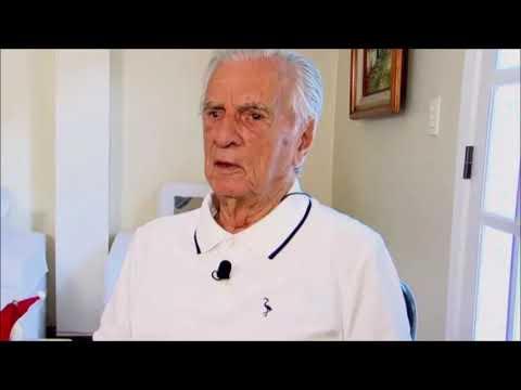 Aos 101 anos, Orlando Drummond segue internado, mas apresenta melhora