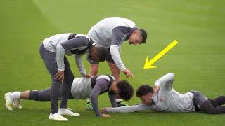 Video Funny Moments in Training ● Salah, Mbappe, Ronaldo MP3, 3GP, MP4, WEBM, AVI, FLV September 2019
