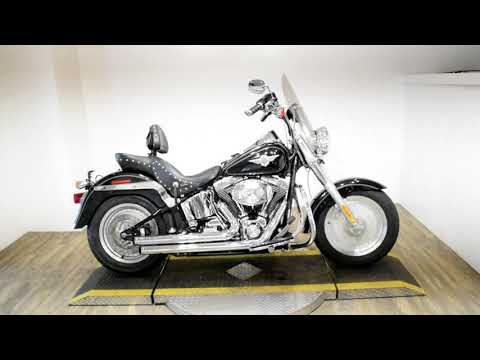 2004 Harley-Davidson FLSTF/FLSTFI Fat Boy® in Wauconda, Illinois - Video 1