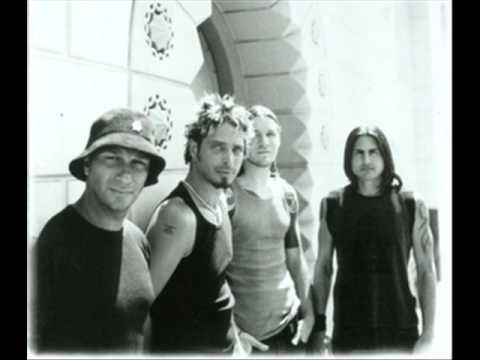 sound of a gun - audioslave