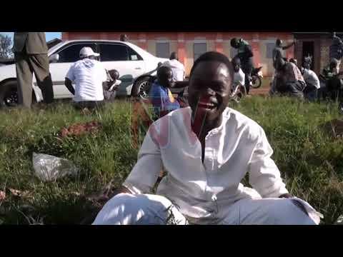 Abatamiivu basobedde poliisi, olukiiko lw'ekyalo lusasise lwa masasi