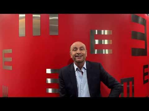 يوضح الدكتور خالد الشريف في هذا الفيديو أسباب حدوث الماء الأبيض