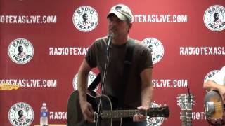 "Chris Knight ""Nothing on Me"""
