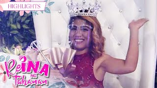 Gladys Neuda as ReiNanay of the Day   It's Showtime Reina Ng Tahanan