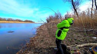 Рыбалка на севере протока левковка севернее лясомина 2020
