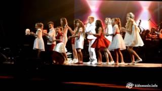 Хор Академии популярной музыки Игоря Крутого — Нарисуй (29.10.2015)