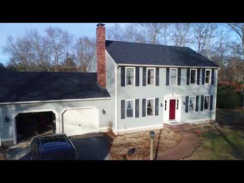 You can't beat Owens Corning shingles with SureNail Technology! Here's a Lakeville home with onyx black shingles. In addition to Southeastern Massachusetts, Cape Cod and Rhode Island, Couto Construction also serves the area of North Easton, MA.