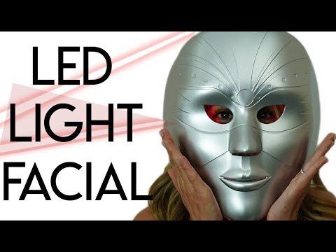 Moisturizing facial mask Clay honey
