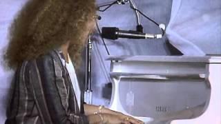 Carole King - You've Got a Friend (Live at Farm Aid 1985)
