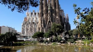preview picture of video 'Visitar Sagrada Familia / Visit Holy Family - Turismo Barcelona tourism, travel, tour, Spain Gaudí'