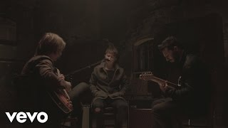 Nothing But Thieves - Lover, Please Stay (Acoustic)