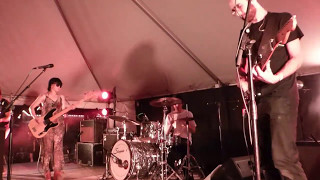 Yuck - Get Away (SXSW 2016) HD
