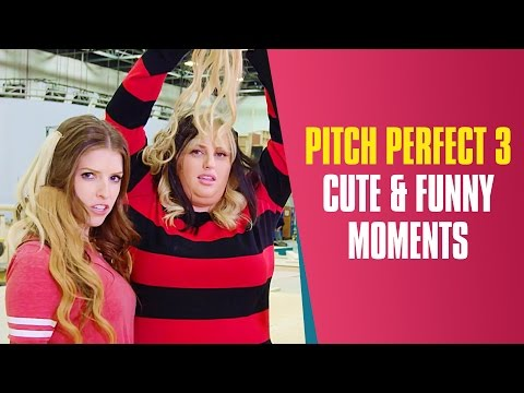 Anna Kendrick Hates Singing The Sign | Pitch Perfect 3 Cast Cute & Funny Moments On The Set