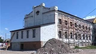 В Волчанской ЦРБ ремонтируют поликлинику и хирургическое отделение