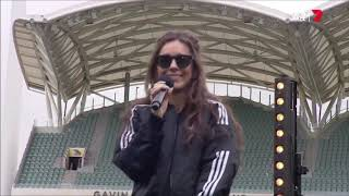 Amy Shark Performing At The Women's AFL Grand Final