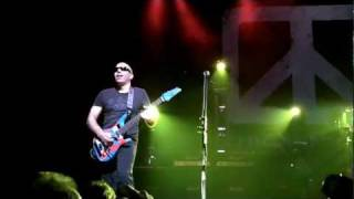 Chickenfoot - Alright Alright @ Paris Olympia