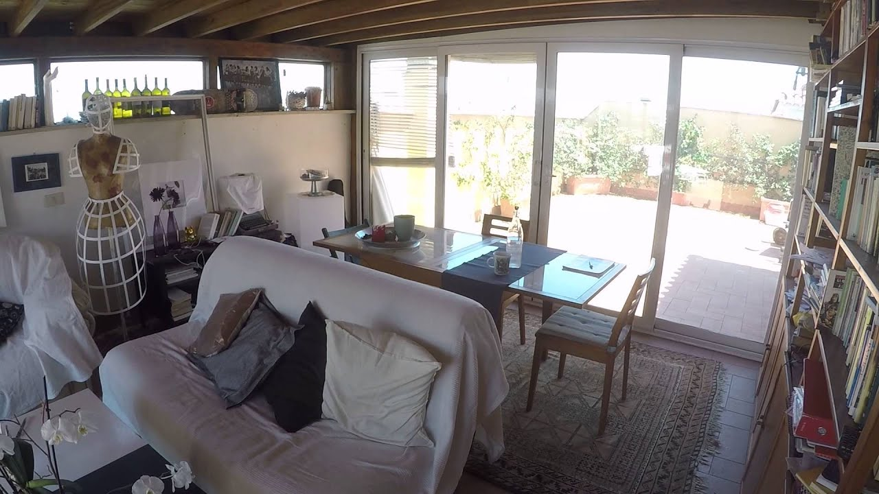 Rooms for rent in beautiful apartment with rooftop terrace