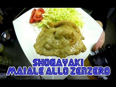 Porridge con mela per risposte di perdita di peso