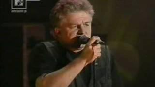 Kadr z teledysku Czas ołowiu tekst piosenki Budka Suflera