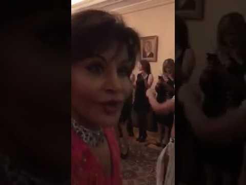 شاهد.. رقص نجلة عبدالناصر يُشعل حفل زفاف ابنها