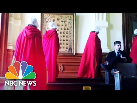 Women Protest Abortion Law Wearing 'Handmaid's Tale' Robes | NBC News
