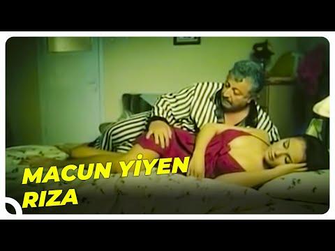 Macun Yiyen Rıza Rus Gelinin Yanında - Rus Gelin Türk Filmi  रूसी दुल्हन - रूसी दुल्हन तुर्की फिल्म