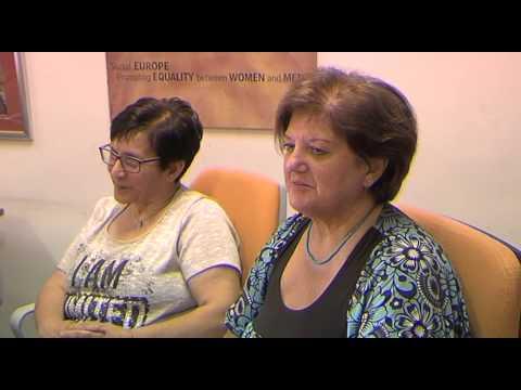 Gel patogeno per azione veloce delle donne in farmacia