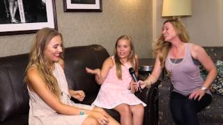 Lennon and Maisy Get Sisterly // One Country