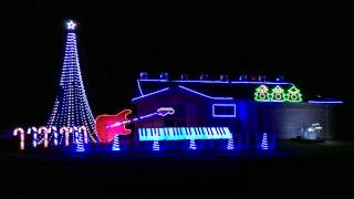 Gambar cover Cops Theme Song - Bad Boys (Inner Circle) Christmas Light Show 2014