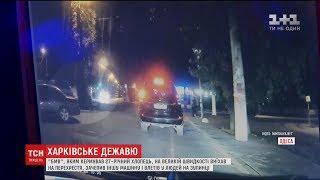 Моторошна аварія в Одесі. BMW на повній швидкості влетіло в зупинку з людьми