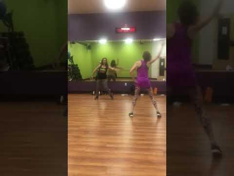 我家樓下健身房用KDA當有氧舞蹈歌