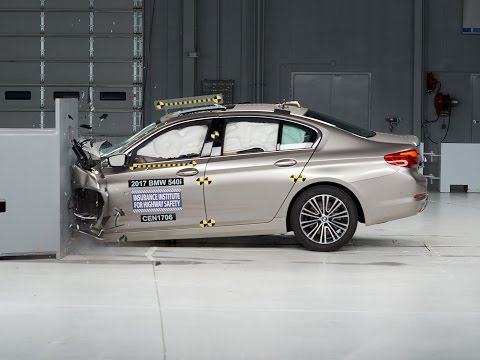 IIHS BMW 5 Series